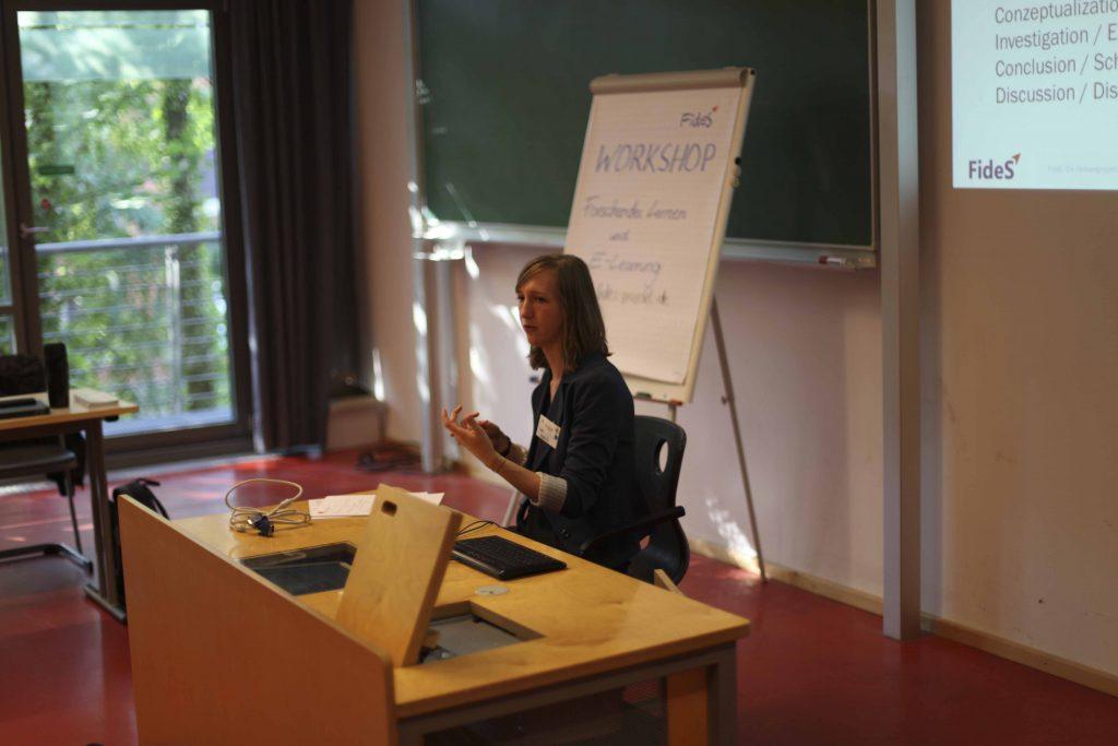 Moderatorin Anna Heudorfer